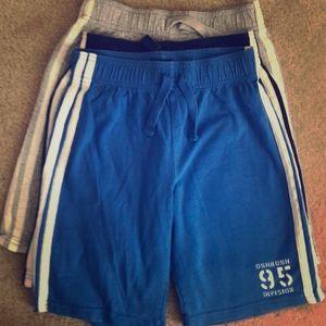 Oshkosh B'Gosh Boys size 8 cotton shorts